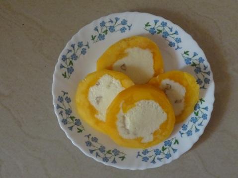 Stuffed mango kulfi